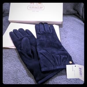 Beautiful COACH Navy Blue Suede Gloves